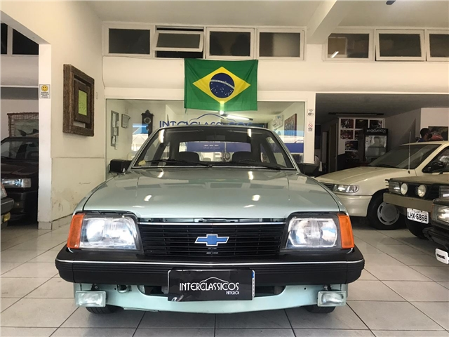 CHEVROLET MONZA 1.8 HATCH 8V GASOLINA 2P MANUAL